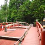 歴史的で神秘的な橋「神橋」